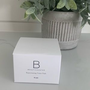 New in package beautycounter rejuvenating pads
